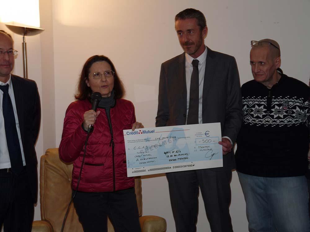 Don au CCAS de Menton le 5 février 2016 : 500 euros